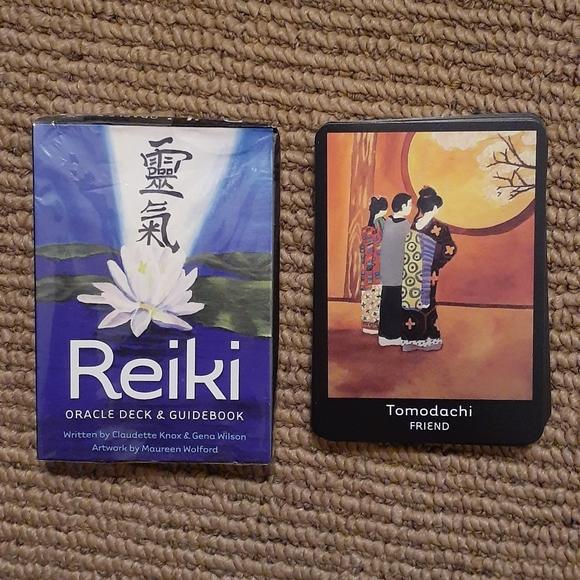 Reiki Oracle A 33-Card Deck